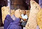 داغ گرانی نان بر دل مردم رفسنجان/کیفیتی که در تنورها می سوزد