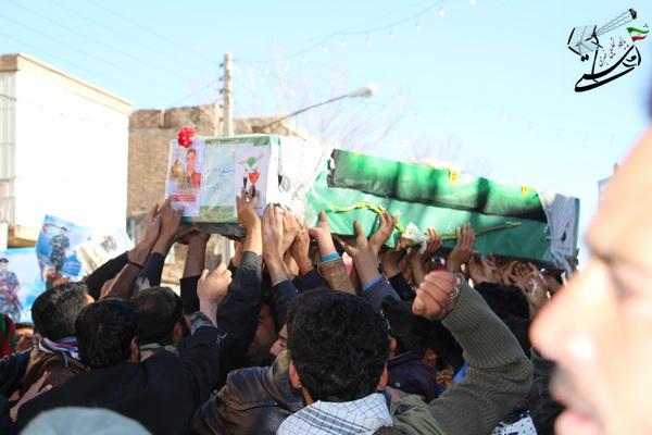 گزارش تصویری تشیع پیکر شهید مدافع حرم حضرت زینب(س) در رفسنجان