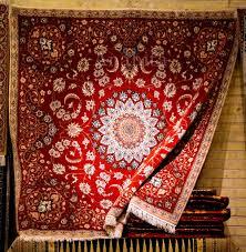 بافت فرش دستباف صادراتی توسط مددجویان کمیته امداد رفسنجان