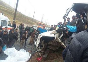 تلفات زائران در جادههای ایلام به ۱۰ نفر رسید