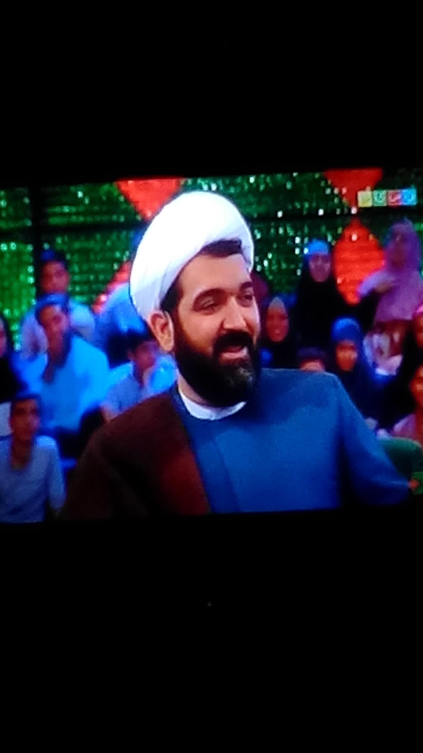 حجت الاسلام شهاب مرادی در خندوانه: مسؤولان اینقدر با هم دعوا نکنند