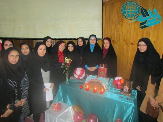 بزرگداشت روز دانشجو در دانشگاه حضرت نرجس(س)/عکس