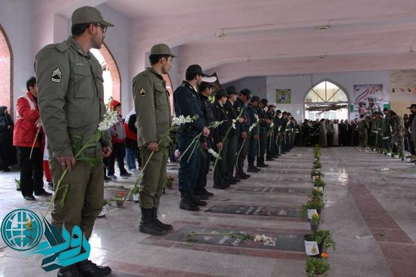 تجلیل از مقام شامخ شهدای رفسنجان باحضور مسؤولان/عکس