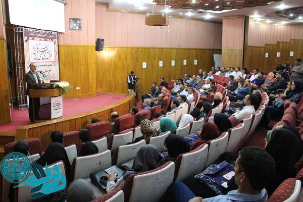 افتتاح نمایشگاه خوشنویسی هنرمندان استان کرمان در رفسنجان+عکس