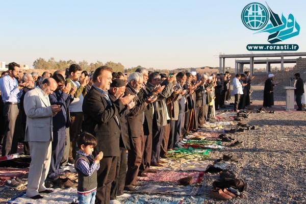 نماز طلب باران در رفسنجان اقامه شد/عکس