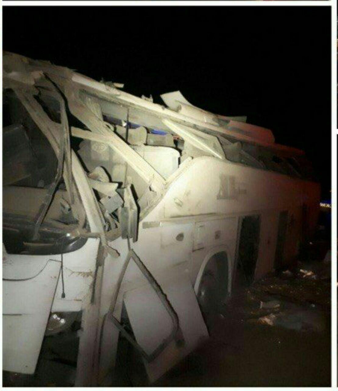 اصلاحیه/مدیر پایانه مسافربری رفسنجان: مرگ یک زن جوان در حادثه واژگونی اتوبوس کرمان-تهران