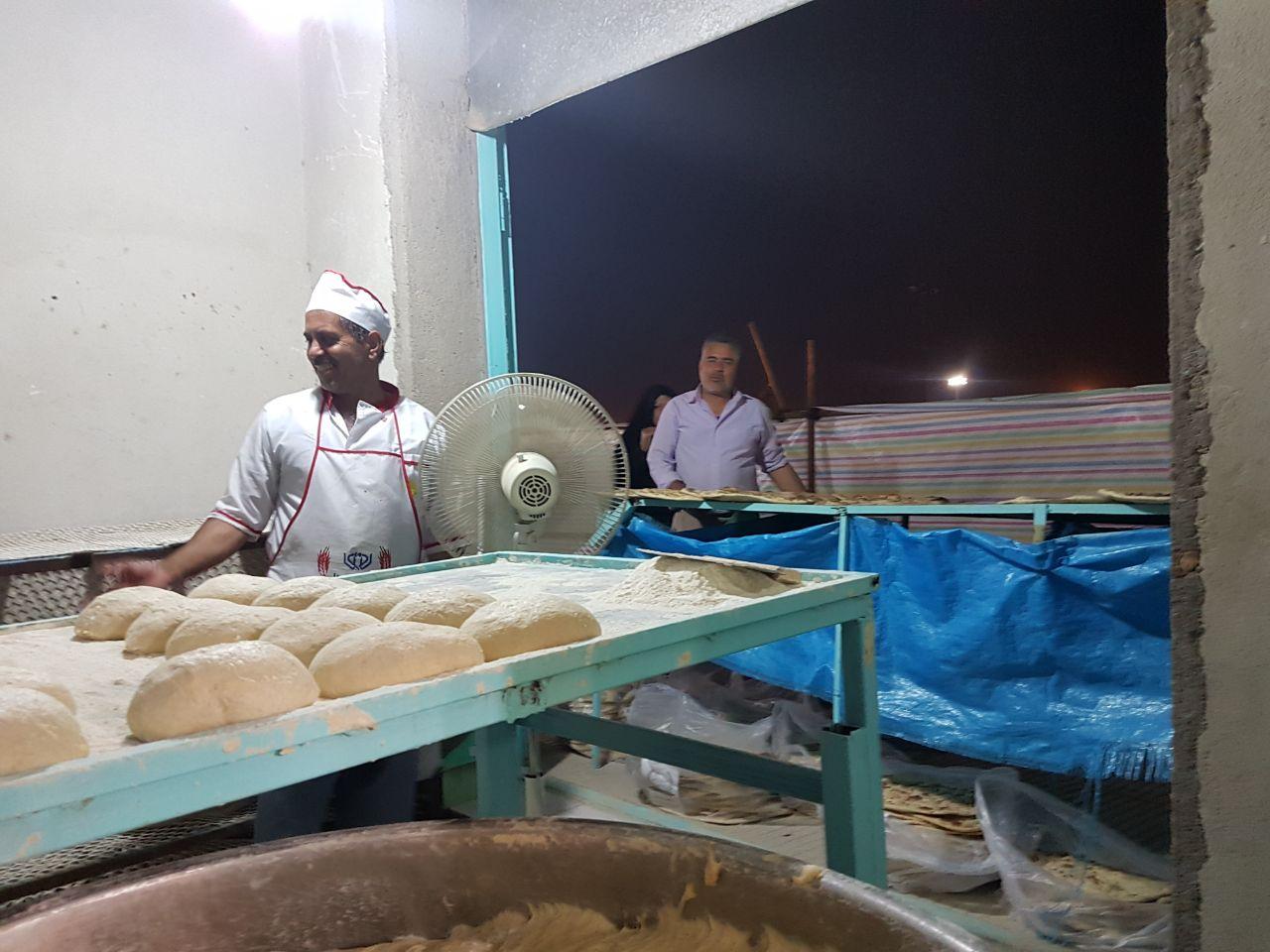 پخت ۸۰۰۰ قرص نان مهدوی در جمکران توسط خبازان رفسنجان