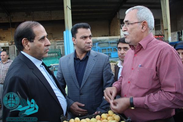 بازدید فرماندار رفسنجان از میدان میوه و تره بار