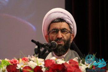 مالیات گرفتن از اصناف و بازاریان در این اوضاع ریختن حرام به خزانه است