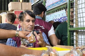 خدمت رسانی موکب خاتم الانبیا رفسنجان به زوار مشهد/تصاویر