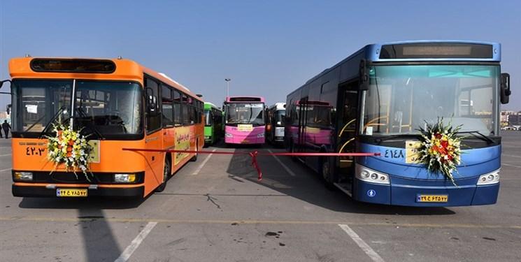 ضد عفونی اتوبوس های شرکت واحد در رفسنجان پس از اتمام هر سرویس