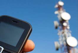 آنتندهی تلفن همراه فقط پشتبامها!/مشکل تحصیل آنلاین در منطقه شمسآباد رفسنجان