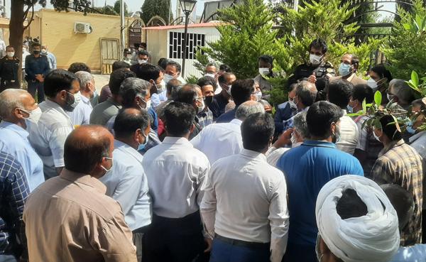 اعتراض به بیآبی در نوق رفسنجان بالا گرفت/وعدههای بیعمل مردم را به فرمانداری کشاند