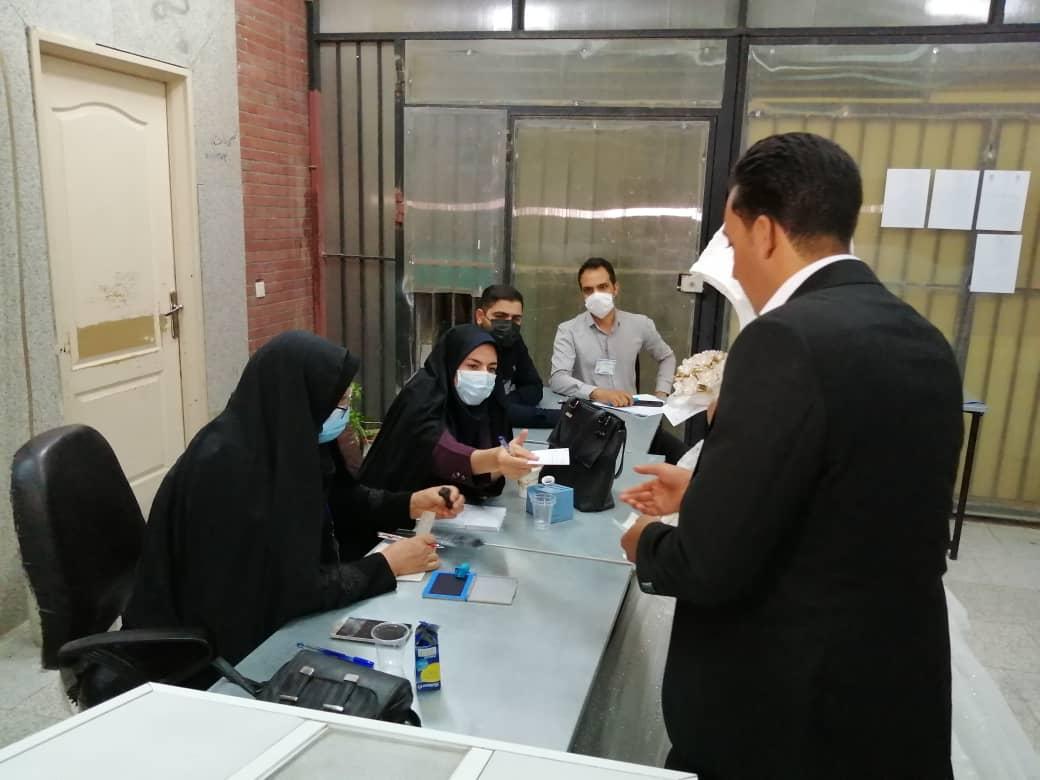 آغاز زندگی مشترک زوج رفسنجانی از پای صندوق رأی+تصاویر