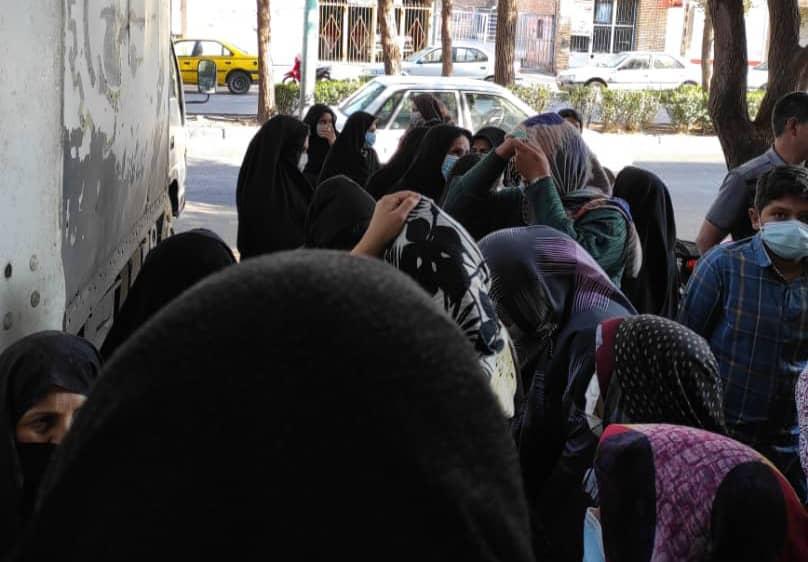 نابسامانی بازار مرغ در رفسنجان/دود بیتدبیریهای استان در چشم مردم رفسنجان
